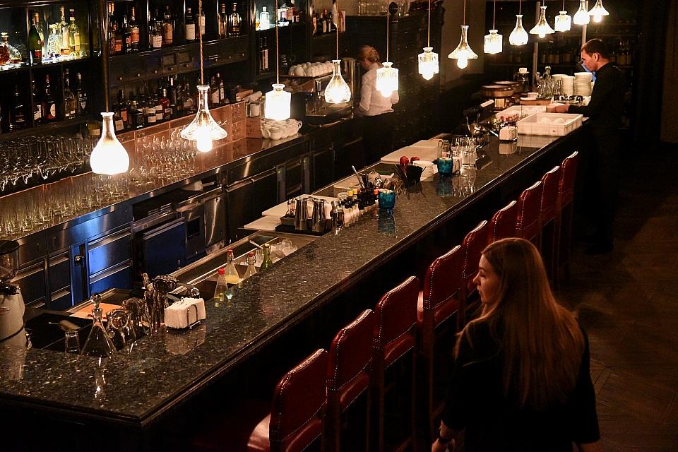 Рестораны в Москве не будут работать в новогоднюю ночь