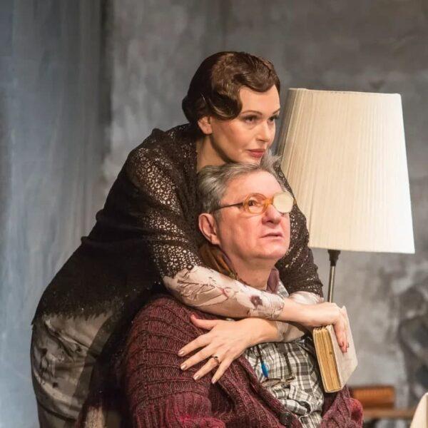 Спектакль «Бесконечный апрель» в Губернском театре