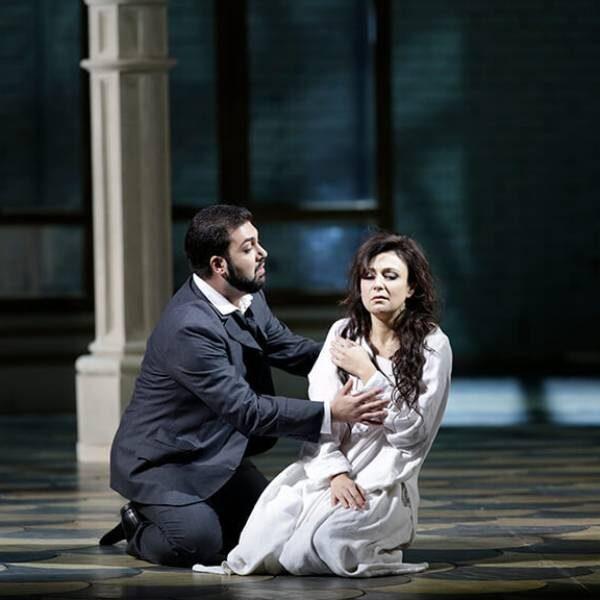 Опера «Травиата» в Большом театре