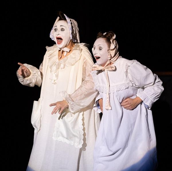 Спектакль «AMOREnaMORE»: премьера в Театре «Лицедеи»