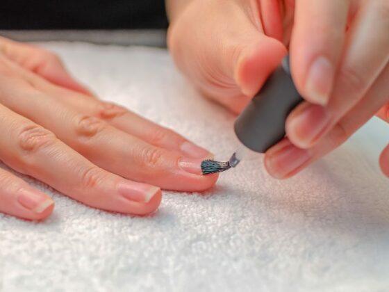 10 лучших праймеров для ногтей