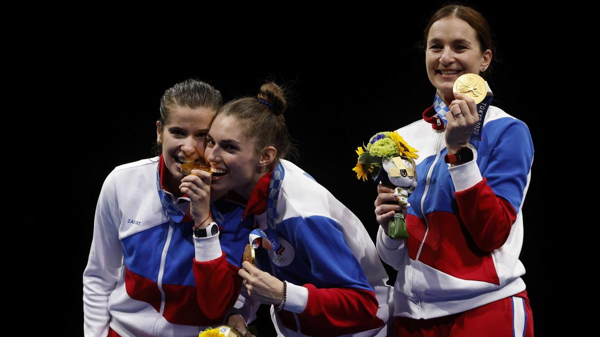 Саблистки сборной России пробуют
