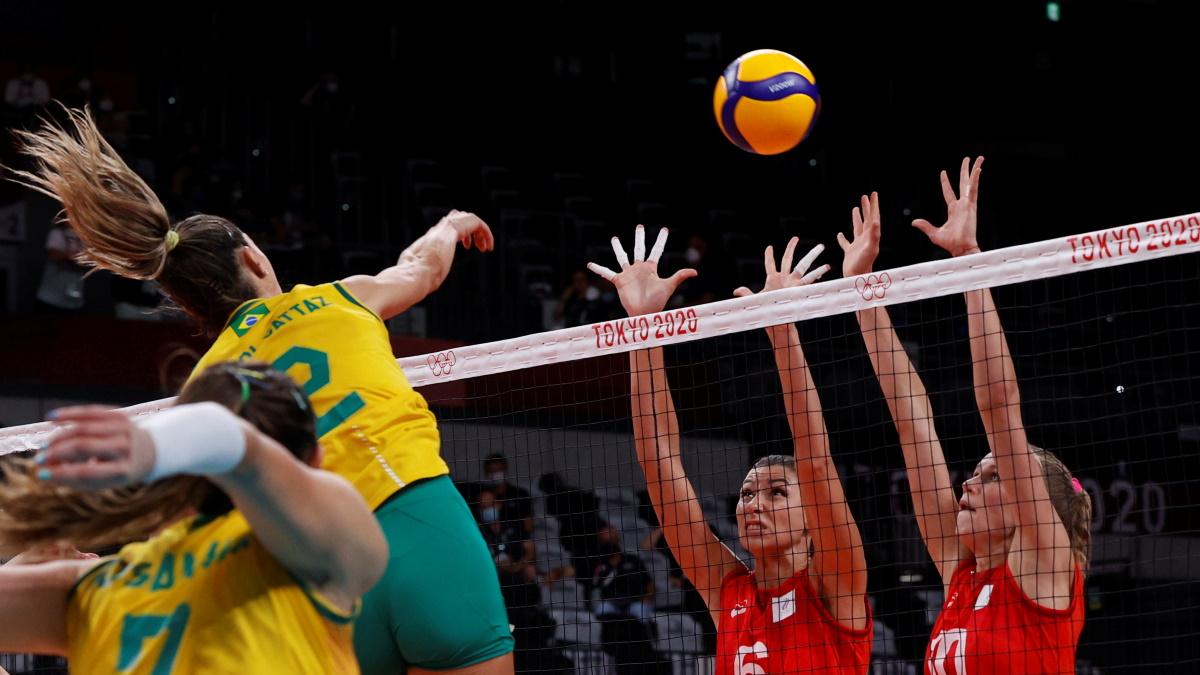 Сборная России проиграла Бразилии и завершила путь за медалями на турнире. Фото: REUTERS