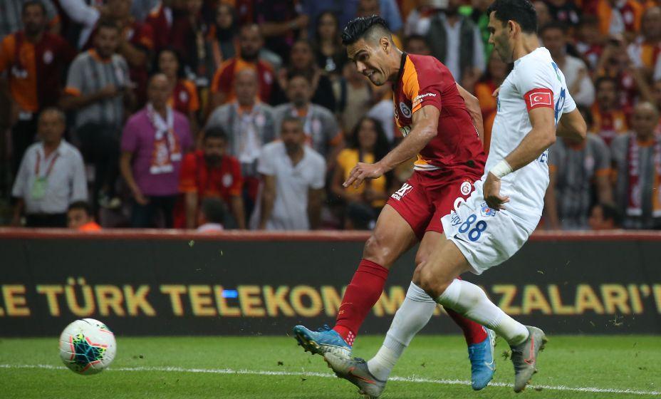Радамель Фалькао в Турции стал похож на Криштиану Роналду. Фото: Global Look Press